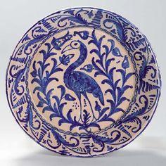Cerámica de Fajalauza, siglo IXX, producto de Granada Antique Pottery, Ceramic Pottery, Granada, Bird Design, Design Art, Sketches Of Spain, Tile Panels, Spanish Tile, Decoupage Art