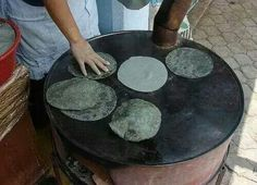 Tortillas de maiz prieto.