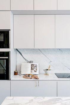 Home - Art - 60 Farmhouse Apartment Kitchen Decorating Ideas - Modern Kitchen Design, Interior Design Kitchen, Minimal Kitchen, Interior Modern, Scandinavian Interior, Interior Ideas, Kitchen Decorating, Decorating Ideas, Decor Ideas