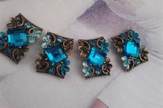 4 Pieces 20 mm x 27 mm Teal Blue  Rhinestone  Beads  от zzlaca, $8.65