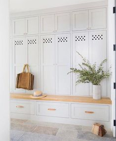 White Closed Mudroom Lockers - Design photos, ideas and inspiration. Amazing gallery of interior design and decorating ideas of White Closed Mudroom Lockers in laundry/mudrooms, kitchens, entrances/foyers by elite interior designers - Page 1 Mudroom Cabinets, Mudroom Laundry Room, Bench Mudroom, Mudroom Cubbies, Laundry Storage, Hidden Storage, Design Entrée, House Design, Interior Design