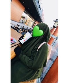 Muslim Couple Photography, Teenage Girl Photography, Niqab Fashion, Modest Fashion Hijab, Hijabi Girl, Girl Hijab, Instagram Captions For Friends, Stylish Hijab, Islam Women