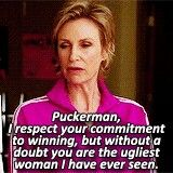 When Puck put on a dress lol Jane Lynch, Glee Club, Funny Scenes, Fan Girl, Pretty Little Liars, Funny Texts, Movies And Tv Shows, Musicals, Funny Stuff