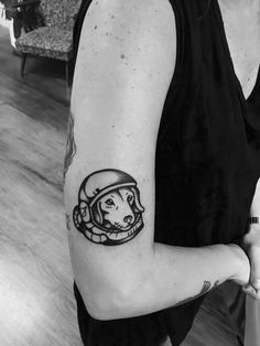 Astronaut dog #laika #dachshund perro astronauta r.i.p #tatuaje memorial