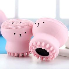 Material: Silicone Size: smal Quantity: one-piece only Item Type: Cosmetic Puff Size: about 5.5*5.5*5.5cm 1: Face Cleanser Powder Puff 2: Brush Face Cleaner Brush Brush Cleanser, Pore Cleanser, Facial Cleansing Brush, Etude House, Pink Jellyfish, Anti Aging, Body Brushing, Face Facial, Face Skin Care