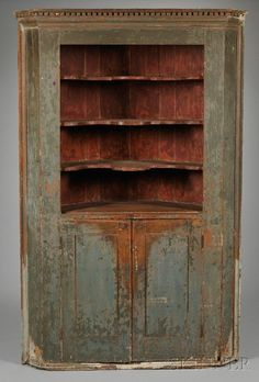 Large Country Green & Red painted Wooden Corner Cupboard - I would paint different but LOVE this! Primitive Furniture, Primitive Antiques, Country Furniture, Country Primitive, Unique Furniture, Country Decor, Vintage Furniture, Furniture Ideas, Geek Furniture