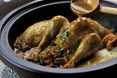 Een overheerlijke tajine van kip met witloof, die maak je met dit recept. Smakelijk! Dutch Recipes, Cooking Recipes, Healthy Recipes, Healthy Food, Couscous, Moroccan Tagine Recipes, Wok, Tajin Recipes, Recipe 21