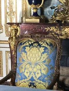 Versailles furniture collection