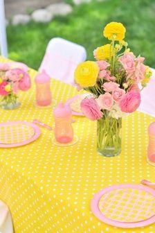 Bella's Pink Lemonade Party table summerspastryperfect.com