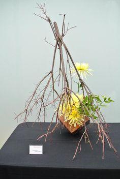 Ikebana International Chapter 121 Minneapolis/St Paul MN - 2014 Como Ikebana Mum Show