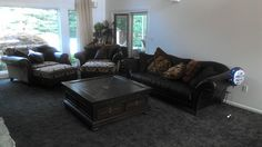Living area overlooks in-ground pool - Cleveland house rental