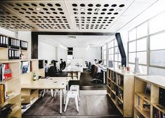 Particular Architects build themselves a reconfigurable studio