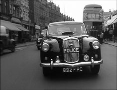 Police Vehicles, Emergency Vehicles, British Police Cars, Police Uniforms, Driving School, Asd, Jaguar, Monochrome, Antique Cars