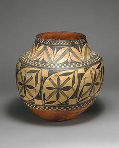Water Jar (olla)  Date: ca. 1900  Geography: United States, New Mexico  Culture:  Acoma  Medium: Ceramic  Dimensions: H. 12 x W. 13 1/4 in. (30.5 x 33.7 cm