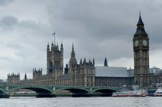 Houses of Parliament, London (LW19-5)
