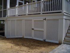 Vinyl privacy lattice screen under deck w/gate