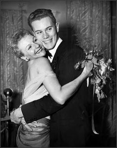 Mary Martin receives a hug from her son Larry Hagman after the opening of 'South Pacific' in London 1951 Hollywood Stars, Hollywood Actor, Classic Hollywood, Old Hollywood, Hollywood Actresses, Mother And Child Reunion, Mother Son, Father, Mary Martin