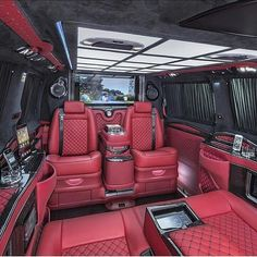 Cadillac Escalade Interior Via by primeinterior Mercedes Benz For Sale, Mercedes Benz S550, Mercedes Benz G Class, Luxury Yachts, Luxury Cars, Mercedes S Class Interior, Cl 500, Carl Benz, Furniture
