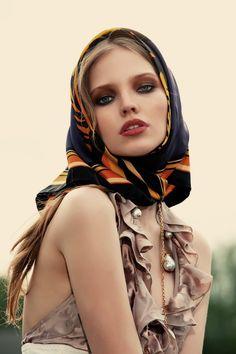 Sasha Luss wears a head scarf Bandanas, Fashion Shoot, Editorial Fashion, Women's Fashion, Head Scarf Tying, Russian Fashion, How To Wear Scarves, Street Style, Scarf Hairstyles