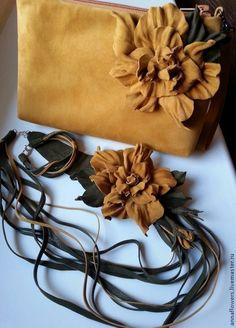 """Колье, браслет и сумочка .Комплект """"Песочный"""". Handmade."""