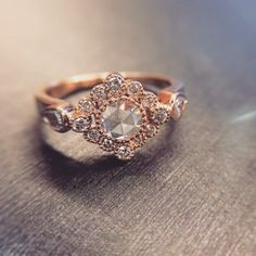 Bohemian chic engagement ring in rose gold! #engagementring #rosegoldrings #rosecutdiamonds #diamonds #engaged