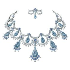 Suffused with enchantment, discover Van Cleef & Arpels new collection of High Jewelry, inspired by a well-known fairy tale, Peau d'Âne. Van Cleef Arpels, Van Cleef And Arpels Jewelry, High Jewelry, Jewelry Art, Vintage Jewelry, Jewelry Accessories, Fashion Jewelry, Jewelry Design Drawing, Jewelry Illustration