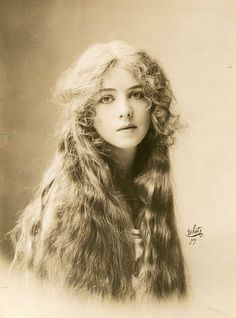 Traveling through history of Photography...Ione Bright by NY White, 1912.