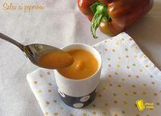 Salsa ai peperoni per pasta, crostini, carne, pesce e polpette varie. Ricetta facile e veloce di una salsa vegan a base di peperoni per mille usi