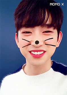 "Park Jinyoung meets the cat filter. From VLive's ""Zone! Zealous!"""