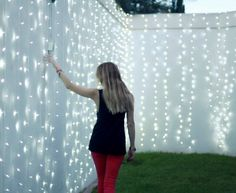Sugarlaw S Backyard Fence With String Wall Of Lights Would Look Amazing At Night