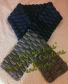 Men's Quick Chunky Scarf - Free Crochet Pattern by Momma Bass' Small Frye Creations and more. Chunky yarn.