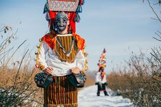 Le maschere bulgare che scacciano il maligno