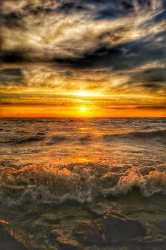 Landscape Photos, Landscape Photography, Nature Photography, Beautiful Sunrise, Beautiful Beaches, Nature Pictures, Cool Pictures, Natural Phenomena, Belleza Natural