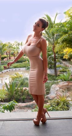 Soy un atascado! ¡Massive Epic Fake Gorgeous Tits!
