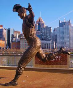Statue @ PNC Park, Pittsburgh