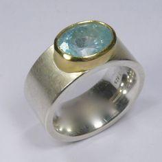 Ring, Silber 925/-, Gold 750/-, Aquamarin, oval facettiert