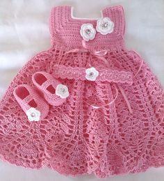 Pistachio baby dress pattern by c strohmeyer – Artofit Crochet Princess, Baby Girl Crochet, Crochet Baby Clothes, Crochet For Kids, Knit Crochet, Baby Patterns, Crochet Patterns, Diy Crafts Crochet, Baby Sweaters