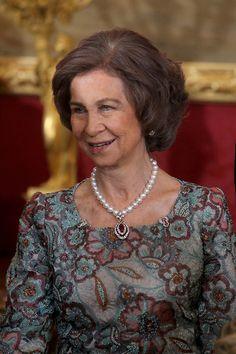 DINASTÍAS   Los Foros de la Realeza • Ver Tema - Los collares de la Reina Sofía