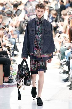 See all the Collection photos from Sacai Spring/Summer 2020 Menswear now on British Vogue Men's Collection, Summer Collection, Runway Fashion, Mens Fashion, Fashion Trends, Young T, Suit Shirts, S Man, Knitwear