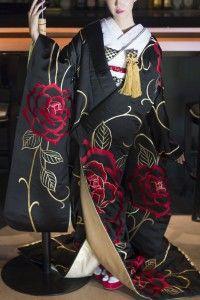 R1212810神田うの黒地レッドローズ40万 (1)