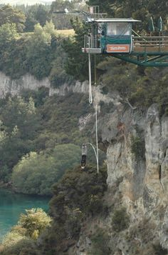 #kmdadventure - 4 years ago I moved from Holland to New Zealand, the land of adventure! I went bungeejumping in Taupo. great adrenaline rush!