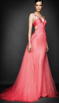 #Versace #evening dress http://www.finditforweddings.com