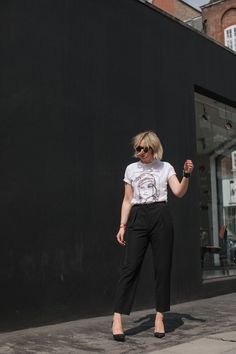 emma thatcher from a style album wearing face abstract tee