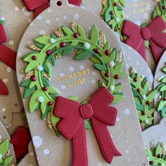 Honey Bee Stamps gift tag and wreath Christmas Gift Tags, All Things Christmas, Santa Express, Honey Bee Stamps, Craft Stash, How To Look Rich, Comfort And Joy, Christmas Settings, Red Ribbon