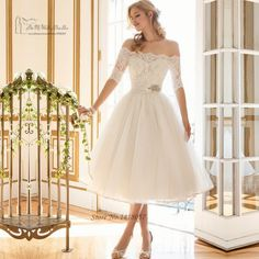 Find More Wedding Dresses Information about Country Western Vintage Short Wedding Dress Half Sleeve Vestido de Noiva Curto Lace Bride Dresses Knee Length Wedding Gowns,High Quality gown dress,China dress up wedding gowns Suppliers, Cheap dress strap from Kiss Me Wedding Dress Store on Aliexpress.com