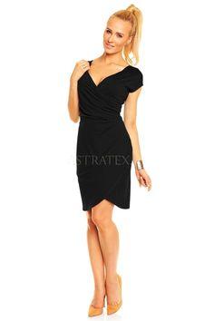 Rochie Carla - Cu o rochie neagra poti fi eleganta, simpla si sofisticata in acelasi timp, totul tine de accesorizare. One Shoulder, Shoulder Dress, Formal Dresses, Black, Fashion, Dresses For Formal, Moda, Formal Gowns, Black People