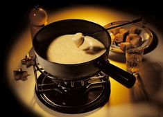 "that's how an original ""swiss cheese fondue"" looks like !"