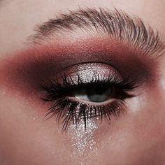 beauty / make-up / maquillage Kiss Makeup, Glam Makeup, Love Makeup, Makeup Inspo, Makeup Inspiration, Hair Makeup, Glitter Makeup, Makeup Eyeshadow, Men Makeup