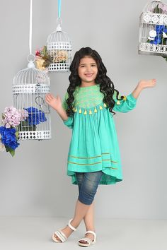 Girls Dresses Sewing, Frocks For Girls, Kids Frocks, Dresses Kids Girl, Girl Outfits, Baby Dress Design, Frock Design, Pakistani Kids Dresses, Baby Frocks Designs