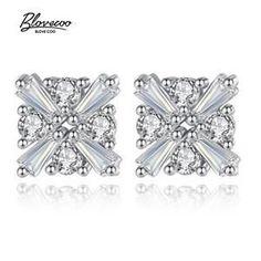 Silver Stud Earrings Ladies Exquisite Jewelry Luxury AAA + Zircon Geometric Shape Silver Earrings